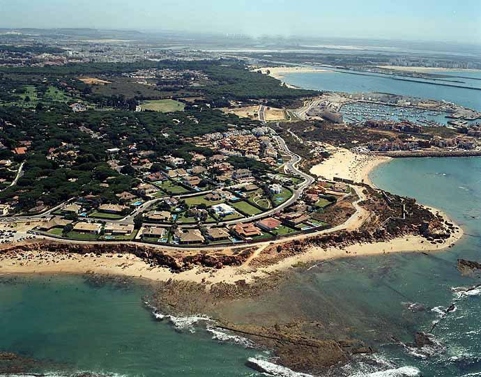 Bah a de c diz puerto sherry al fondo el puerto de santa mar a andaluc a occidental de - Psicologo el puerto de santa maria ...