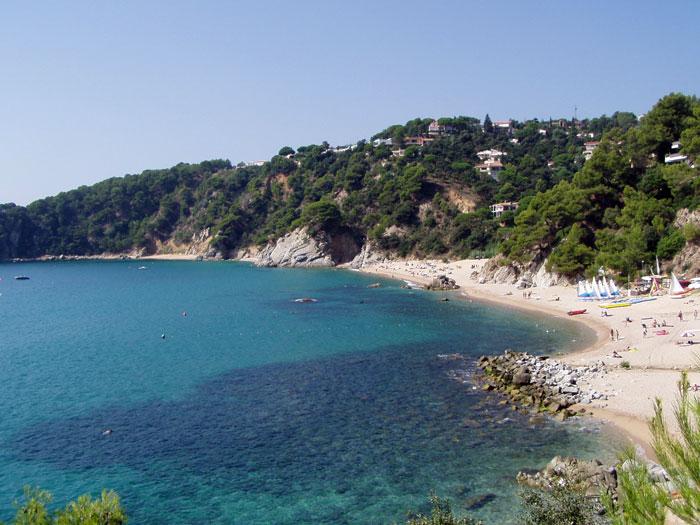 Cala llevad cala llevad tossa de mar catalunya for Oficina de turismo tossa de mar