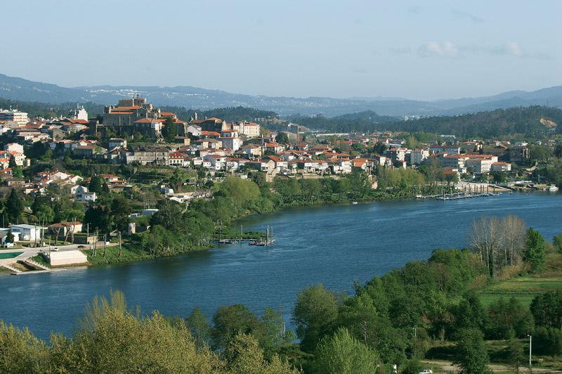 9 DE OCTUBRE Puerto-fluvial-de-Tui.