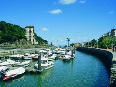 Puerto Deportivo de Deba