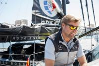 Alex Thomson visita Barcelona a bordo del Hugo Boss boat