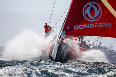 Dongfeng Race Team gana una espectacular regata In-Port en Ciudad del Cabo